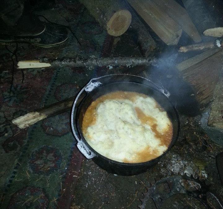 Dutch Oven Shepherd's Pie